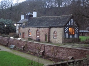 Chadkirk Chapel From http://www.picturesofengland.com/img/L/1032657.jpg